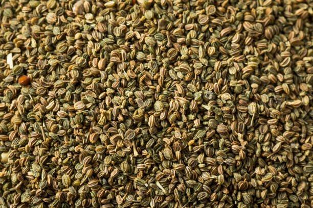 para qué sirven las semillas de apio